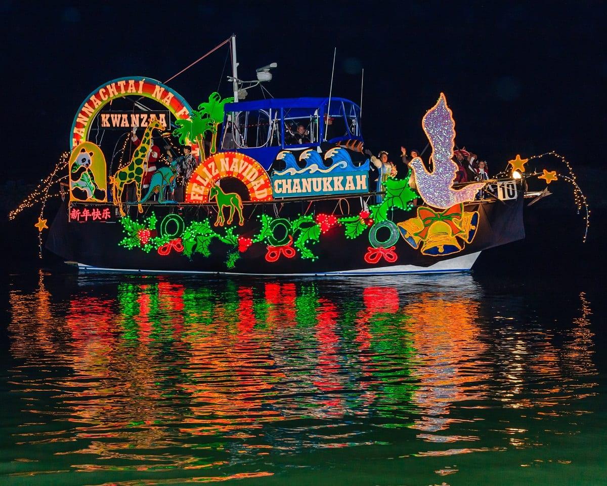 Chanuka boat