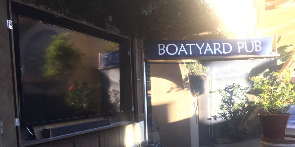 boatyard pub