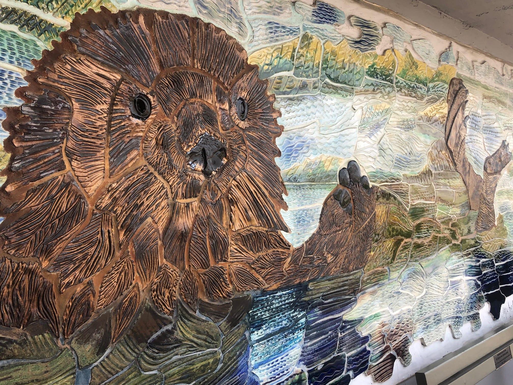 otter mural